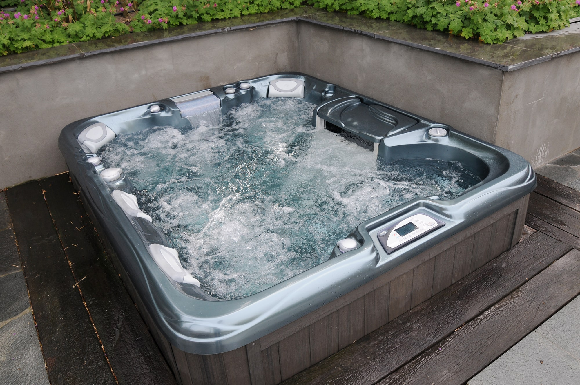 Sundance Spas installation garden deck in Redding, California